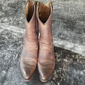 {FRYE} Billy Pull-On Boot